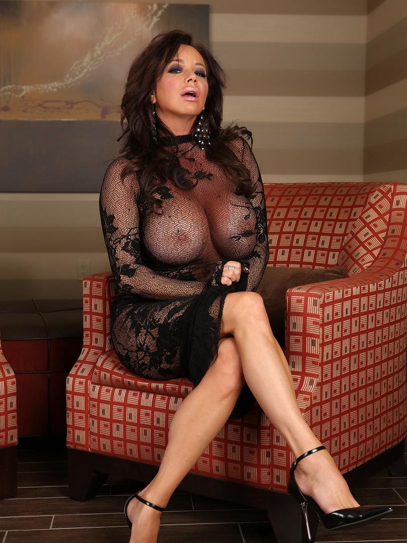 Voyer nude teacher